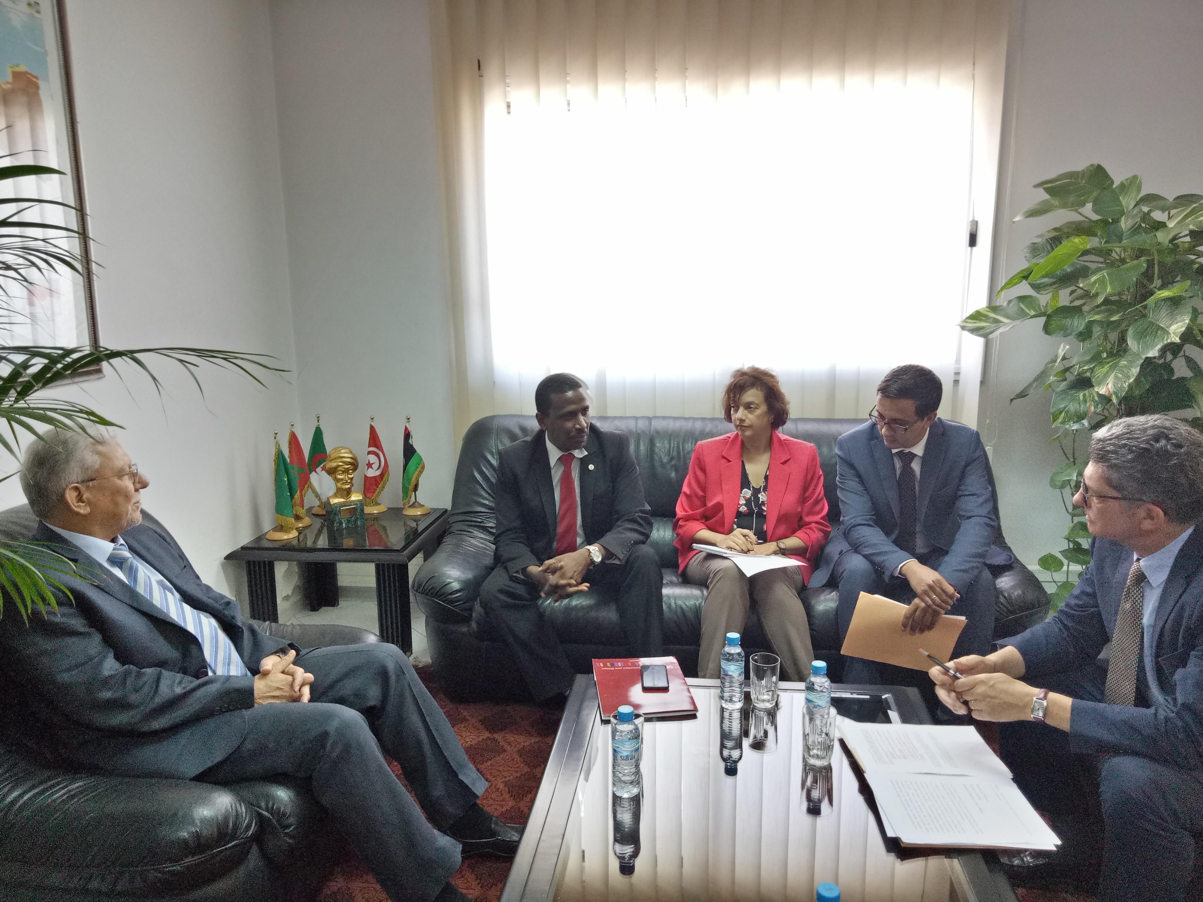 لجنة الأمم المتحدة الاقتصادية لشمال أفريقيا في زيارة عمل إلى                                                     الأمانة العامة لاتحاد المغرب العربي